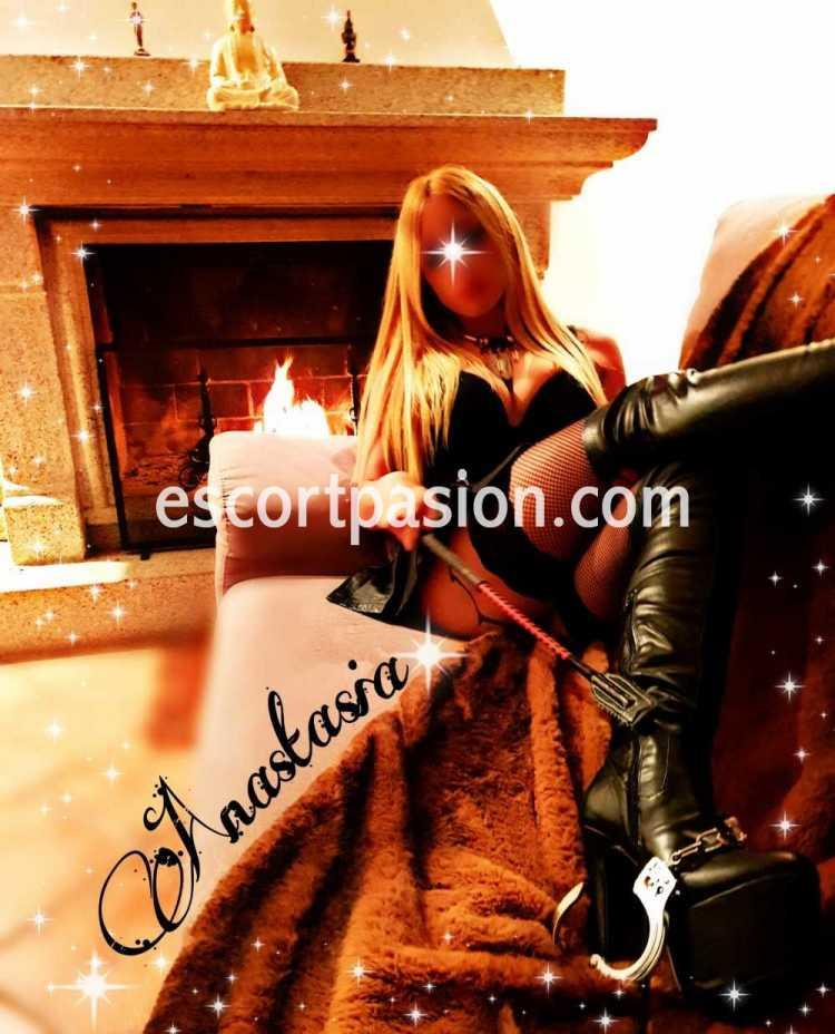 Exigente Mistress Anastasia